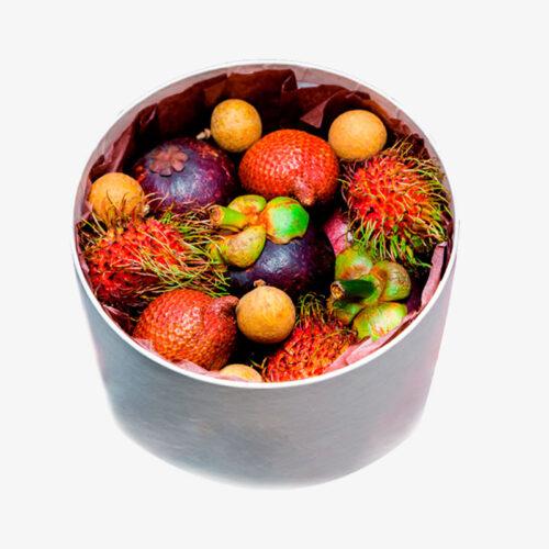 Подарочная коробка с экзотическими фруктами
